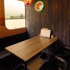 がぶ飲みワイン食堂 Kushiya Premiumの雰囲気1