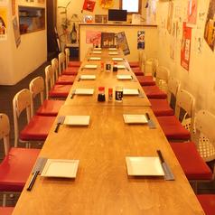 炭火串焼 鶏ジロー 西新店の雰囲気1