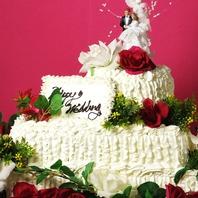 お祝いにはデザートプレートや系列店のケーキもご用意♪
