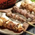 料理メニュー写真おまかせ串焼き5種