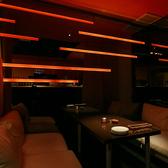 少人数様向けのカーテン個室。デートや少人数でのお食事やごゆっくり頂くプライベート空間にピッタリのお席となっております。