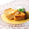 料理メニュー写真フレンチトーストカスタードソース(レモンシャーベット添え)