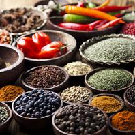 インド料理で欠かせないものといえばスパイス。