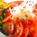 料理メニュー写真大根サラダ/トマトサラダ※各種の料金です