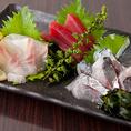 鮮魚や創作料理など、串揚げ以外の逸品料理も取り揃えております♪