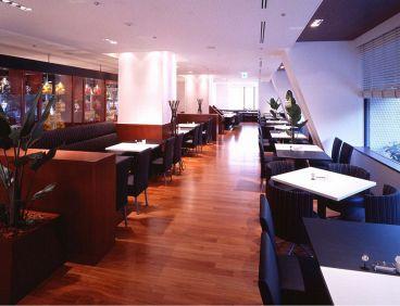 カフェ レストラン セリーナの雰囲気1