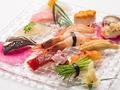 料理メニュー写真寿司亭 桜 にぎり盛り合わせ12貫