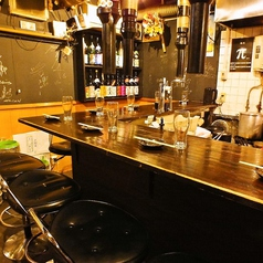 [1F]雰囲気◎のカウンターの優雅なフロア 焼肉/個室/焼酎/貸切 船橋/飲み放題/居酒屋