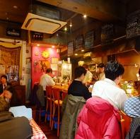 スペインの田舎町にある様な、21席の小さな街の人気店!