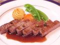 料理メニュー写真宮崎牛(A5)リブ芯のステーキ 牛肉の部位の中でも群を抜いたおいしさです