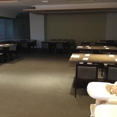 【各種宴会、パーティー、イベント、レセプションなどでのご利用を】☆個室貸切の大広間 20名様~36名様でご利用いただけます。パーティー会場風の大広間です☆