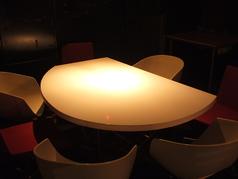 新しく設置したテーブル席です。