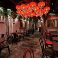 <2F>上海の裏通りの屋台街をスタイリッシュに表現した店内が広がる空間となっております!近くには矢場公園やロフトがあり、アクセスも◎