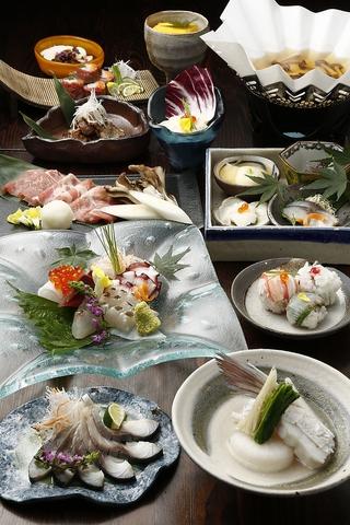 忘年会の予約も受付中! 京都の町家で愉しむ逸品料理の品々。