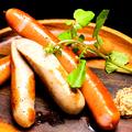 料理メニュー写真ドイツ産ソーセージ/手造りベーコン