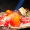料理メニュー写真道産牛リブロース使用!名物【さしとろ】