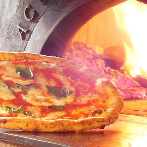 本場イタリア帰りのシェフが創る、本格イタリアン♪薪窯で焼き上げるピッツァが絶品!