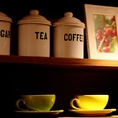 コーヒーが苦手な方は、紅茶やブラッドオレンジ、グァバなどフレッシュジュースもご用意しております!