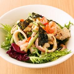 料理メニュー写真八福サラダ