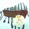 料理メニュー写真自家製チーズケーキ/自家製ガトーショコラ