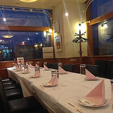 銀座ライオン アトレ恵比寿店の雰囲気1