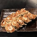料理メニュー写真名物!ぎょうざ屋 杏波蘭巣の焼き餃子(10個)