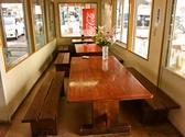 清潔感のあるテーブルのお席です。