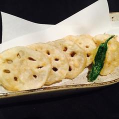 料理メニュー写真レンコンの天ぷら