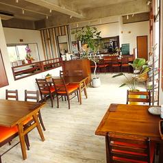 外食家 くじら 読谷店の雰囲気1