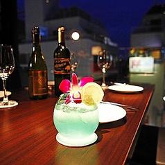 吉祥寺では珍しい全面ガラス最上階夜景席!