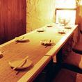 シーンや人数によってテーブルを合わせられます。