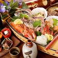 産地直送の天然魚のみを盛り込んだ鮮魚舟盛りが付いた料理コースは2800円(8品)コスパ重視なら当店にキマリ☆