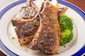 料理メニュー写真仔羊のグリル、ローズマリー風味