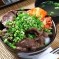 【ランチMENU】ネギまみれ牛タン丼 850円(税抜)