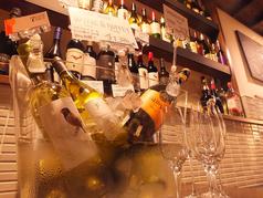 ソムリエ厳選ワインビュッフェ。日替わりのワインを飲み比べ♪