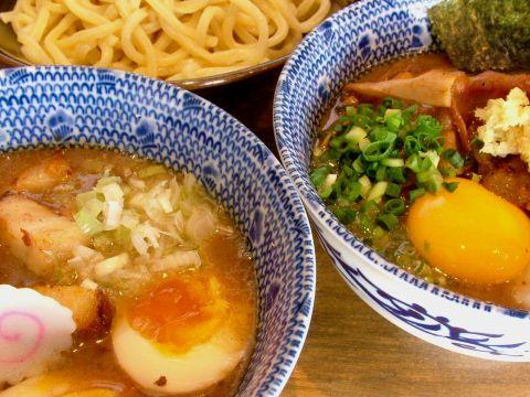 『海蔵』が手がける人気つけ麺専門店!濃厚な魚介豚骨つけ汁がくせになる。