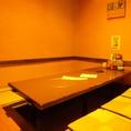 少人数宴会でも利用可能な個室席。