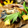 料理メニュー写真秋の実り 朴葉焼き