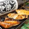 料理メニュー写真炭火焼き おまかせ5切身 / つくね串焼き(たれ・塩)