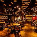 ワインホールグラマー WINEHALL GLAMOUR 新宿の雰囲気1