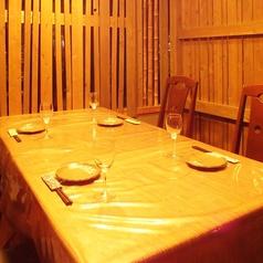 半個室のテーブル席は、デートにピッタリ☆2名~8名様までご利用いただけます。