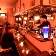 "Honky-Tonk Bar ""D.O.T."" ホンキー トンク バー ドットの雰囲気1"