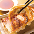 料理メニュー写真肉汁おとど餃子 5個