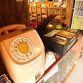 今は中々お目にかかれない、公衆電話が昭和の雰囲気にぴったり!
