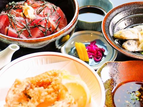 志摩市大王町の波切漁港にほど近く、とれたての海の幸料理が自慢のお店!