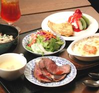 鎌倉の老舗カフェの洋食ランチ♪