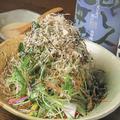 料理メニュー写真三葉とみょうがのサラダ