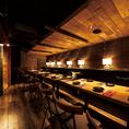 最大20名様まで対応のテーブル席★栄エリアの宴会ならOcto Tableにお任せください!木のナチュラル感と雰囲気抜群の間接照明が大人な上質空間を演出します♪