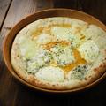 料理メニュー写真ゴルゴンゾーラと蜂蜜のPizza