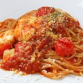 料理メニュー写真モッツァレラとトマトのパスタ